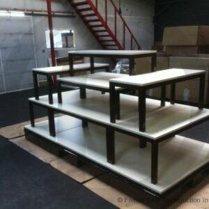 Table gigogne empillable